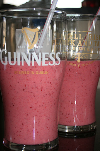 Cranberry Banana Strawberry Orange Smoothie